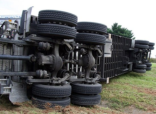 18 wheels and truck accidents Personal Injury with Ronald Davidson in Birmingham, Alabama